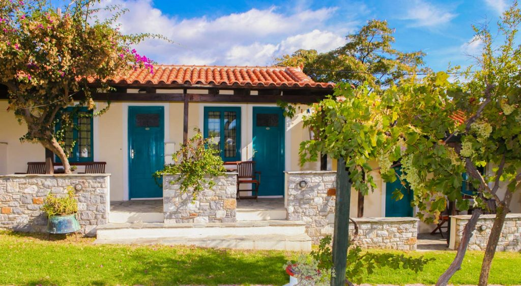 Summer Small Houses at Angeliki Beach Hotel